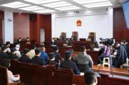 郑渊洁实名举报盗版图书案20日开庭 涉案总定价近亿元