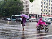 郑州被暴雨泡过的车,谁来赔呢?