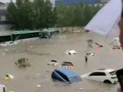 河南遭遇雨灾全国四方支援,为何康桥集团却被央媒痛批没底线呢?