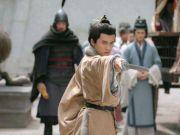 历史趣闻13则:窝囊皇帝吓曹操、韩愈以貌取人、白居易寻花问柳