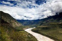 图文小编《杨浦、成毅》为你发布!中国最美的五大峡谷