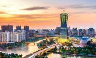 """在杭州年收入没有达到30万都是""""穷人"""",是真的吗?"""