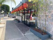 监控曝光:美国洛杉矶华人男女在餐厅被乱枪打死
