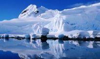 卫星发现南极深处有异象,出现大批建筑物,难道是外星人基地?