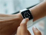苦等3年!Apple Watch终获药监局批准:ECG心电图要来了