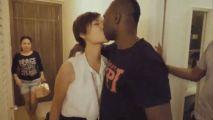 香港女孩执意嫁黑人拳王:开场多美好结局就有多残忍