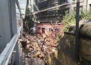 小区暴雨中倒下一堵墙维修费129万 物业报价比市场价贵不少