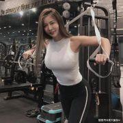 身高178cm韩国模特,体重65kg,清纯颜值,网友:直男杀手