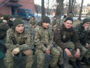 """这算叛国吗?乌克兰大批士兵""""倒戈"""",拒绝服从轰炸敌军指令"""