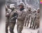 视频曝光!越线印军被中国边防士兵俘虏